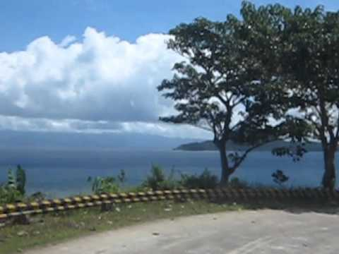 that mini island you see there is already the Atulayan Island. I've been there once with my mom, and sisters, and little cousins, and second cousins from Manila when I was still in 6th grade. <33 I have an entry for that specific day in my old hand-written diary. :)))))